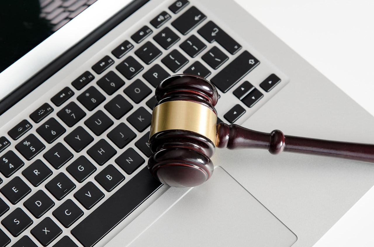 porady prawne przez internet